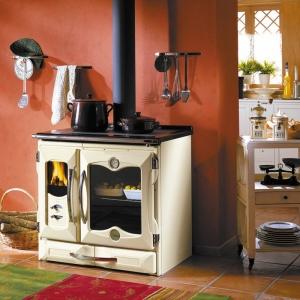 Jeśli marzy się nam kuchnia rustykalna, która przeniesie nas do ?babcinej izby? zapamiętanej z czasów dzieciństwa, powinniśmy się zastanowić nad skorzystaniem z oferty La Nordica