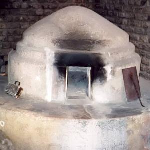 Piec chlebowy wAugusta Raurica - rzymskim stanowisku archeologicznym, obecnie na terenie Szwajcarii. fot. Traroth