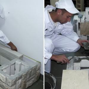 Podmurówka.  Mocujemy ją do podłoża zaprawą klejową pozostawiając pomiędzy ściankami miejsce na drewutnię. Na przygotowaną podmurówkę kleimy płyty marmurowe, na których oprzemy ścianki boczne naszej obudowy.