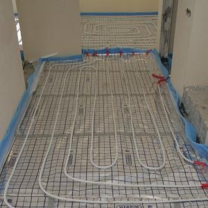 Prawidłowo przygotowana instalacja ogrzewania podłogowego (fot. Piotr Podskoczym)