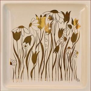 Przykład dekoracji naszkliwnej złotą farbą (tzw. złoto ceramiczne) fot. Kafel-Art