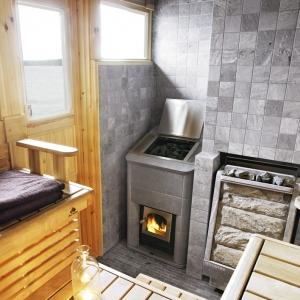 Dzięki wysokiej akumulacji ciepła wykorzystywany jest w saunach