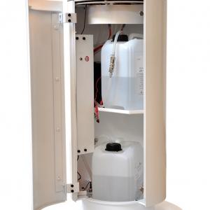 Automatyczne podawanie biopaliwa do palnika oraz prosta wymiana zbiorników z bioetanolem są niekwestionowanymi atutami tego urządzenia, oprócz oczywistych walorów wizualnych. fot. Kominek
