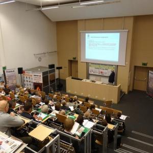 """I edycja Konferencji """"Drewno – Polskie OZE"""", która odbyła się w dniu 8 maja 2015 roku."""