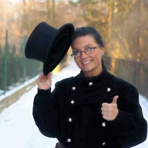 Kocha chodzić po dachach - Monika Cichoń-Suda