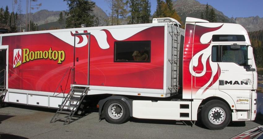 vystavni-kamion.jpg