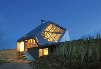 Dom na wydmie - The Dune House (NL)
